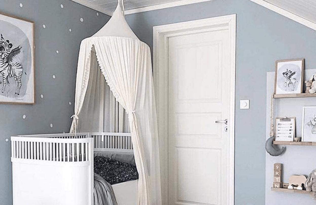 Meilleur ciel de lit bébé